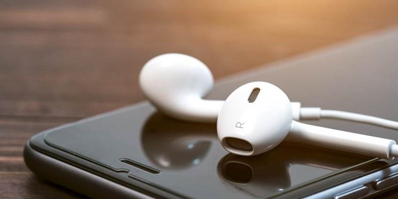 Era smartphone: come i contenuti audio aiutano il business